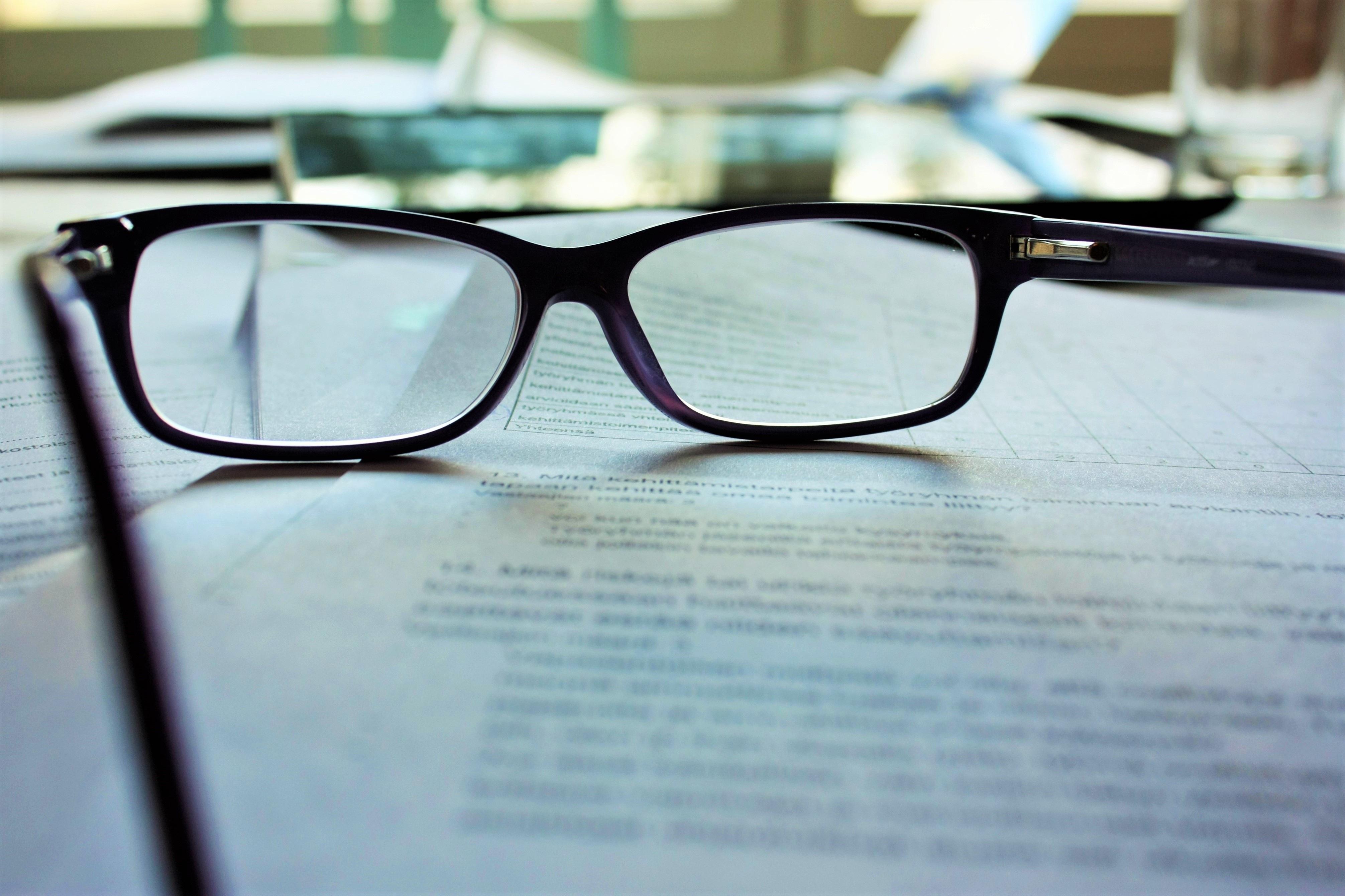 glasses-983947